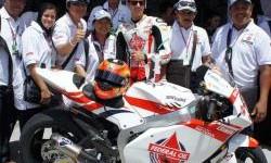 Pemenang FOC Flick Contest  bersama Gino Rea di Moto2 Malaysia