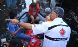 Perwakilan PT Federal Karyatama Tinjau langsung Lokasi Banjir Teluk Gong