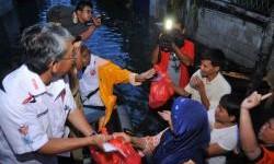 Federal Oil memberikan bantuan kepada korban banjir Teluk Gong, Jakarta Utara