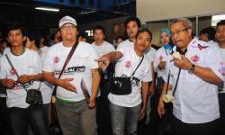 Federal Oil Online Community Gathering Factory Visit 2013-3