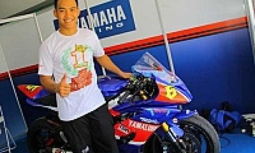 Doni Tata Persembahkan Kado Indah Untuk Yamaha