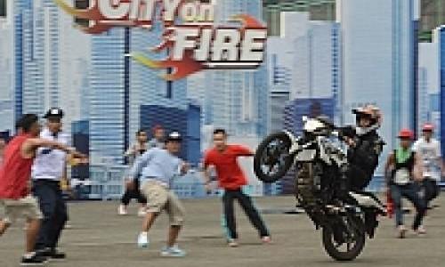 Aksi Flashmob dan Freestyle Ramaikan Lauching Honda CB 150R