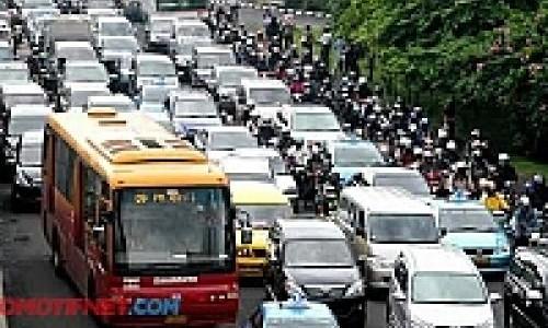 Perbanyak Angkutan Massal, Cara Cina Atasi Kemacetan