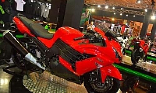 Februari 2013, Dua Moge Kawasaki Mengaspal