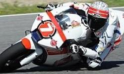 Redam Kesulitan di Moto2 Jerez, Doni Finish ke 26