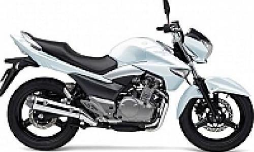 Ciamik, Pilihan Warna Baru Suzuki Inazuma 250