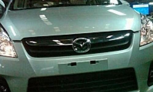 Kembaran Ertiga, Mazda VX-1 Hadir Bulan Ini