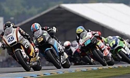 Banyak Pembalap Tumbang di Moto2 Catalunya
