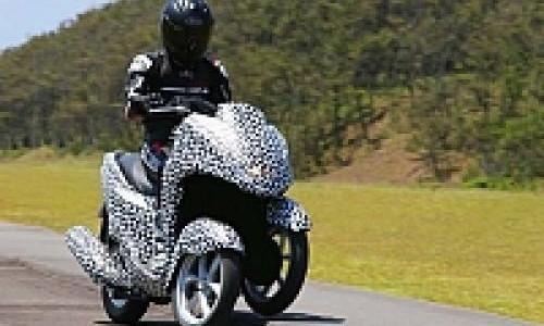 Yamaha Merambah Pasar Skuter Tiga Roda
