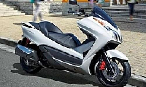 Lahirkan Skutik Anyar, Honda Yakin Forza SI Bakal Laris!