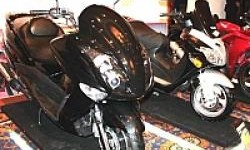 Pesaing Honda PCX 150 Ini Sudah Dirakit di Indonesia Lho!