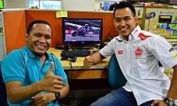 Doni Tata Ladeni Tantangan Otomotifnet Bermain Game MotoGP 2013
