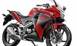 Tampang Baru Honda CB150R, Cuma Ganti Striping Saja!