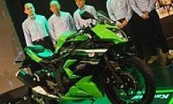 Kawasaki Ninja 250 RR Mono Dipasarkan Bulan Depan