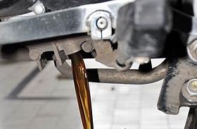 Oli Sepeda Motor Menguap, Normal dan Ada Penyebabnya