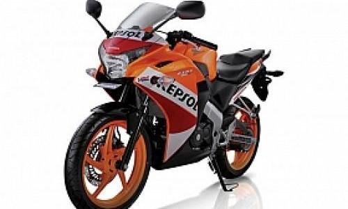 Jegal Yamaha R15, Honda Produksi CBR150R di Indonesia?