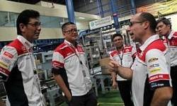 Jelang Balap Seri Sepang, Gresini Racing Sambangi Pabrik Federal Oil