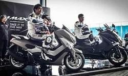 Dua Pembalap Yamaha Indonesia Uji NMAX 150