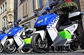 Keren, Motor Patroli Polisi Spanyol