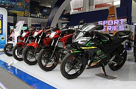 Yamaha Pamer Kekuatan dan Tebar Hadiah di IIMS 2015