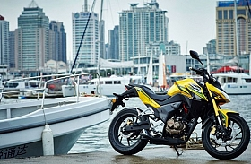 Honda CB190R dan CBF190R, Street Fighter Jalanan Tiongkok