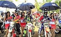 Spesial Trail Adventure Bali, Federal Racing Akrab Dengan Motor Trail