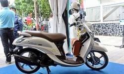 Ini Kosmetik Untuk Dandani Yamaha New Fino 125 Blue Core