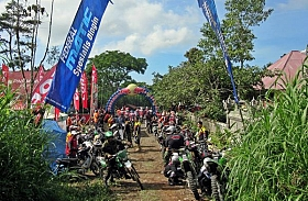 Spesial Federal Oil Trail Adventure, Tracker Bali Punya Hajat