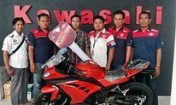 Pemenang Federal Racing Surprizing Telah Terima Kawasaki Ninja