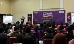Lensa Indonesia Goes To Campus, Mahasiswa Istitut Bisnis Nusantara Antusias