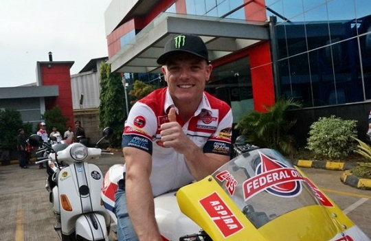 Sam Lowes Mengiris Aspal Jakarta, Special Experience