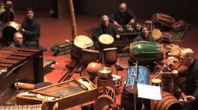 Gamelan masuk Orkestra, Kreasi Drummer The Police