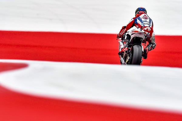 Sam Lowes Pangkas Catatan Waktu di Free Practice 3 Moto2 Austria