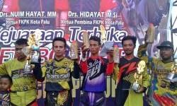 Federal Oil Sukseskan Super Grasstrack Sulawesi Tengah 2016