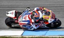 Catatan Waktu Sam Lowes Makin Membaik Jelang Kualifikasi Moto2 Brno
