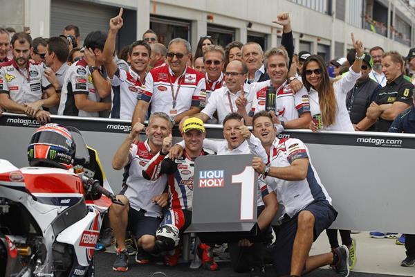 Moto2 Aragon, Sam Lowes Tampil Spesial, Hasilnya Fenomenal