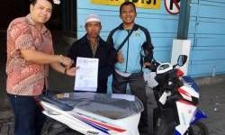 Pemenang Federal Matic Special Cool Prizes dari Jawa Tengah Telah Terima Motor Matic