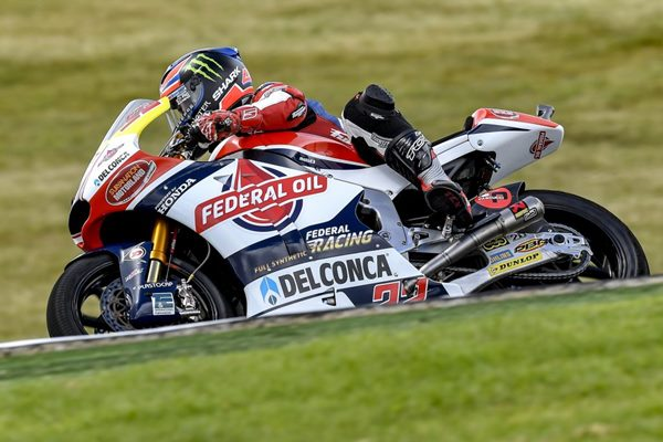 Lowes Ingin Rayakan Kemenangan Moto2 Sepang Bersama Feders