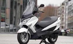 Suzuki Bisa Bermain Melawan NMAX dan PCX, Ini Andalannya