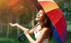 Hujan Bukan Halangan Untuk Nikmati Libur Week End, Ini Tipsnya