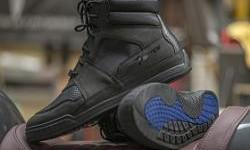 Bates Footwear Powersports, Safety Dan Gaya