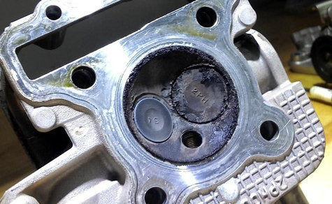 Rawat Ruang Bakar Agar Tenaga Motor Tetap Spesial