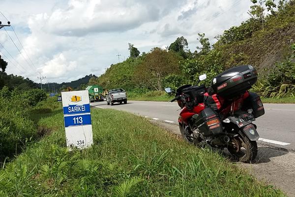 Federal Racing Lumasi Mesin Motor Ini Melintasi Tiga Negara