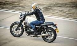 Triumph Umumkan Deretan Warna Baru untuk varian Modern Classic 2018