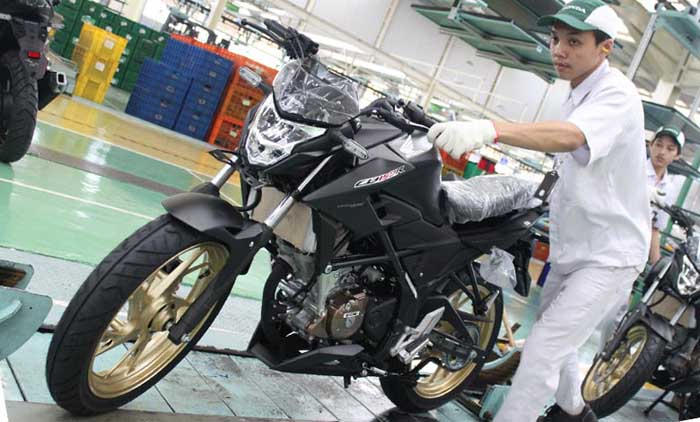 Honda CB150R Street Fire Tampil Dengan Warna Baru, Special Edition Bro!