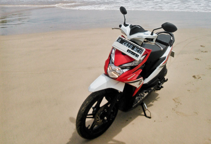 Daftar Harga Fast Moving Honda BeAT, Jangan Lupa Olinya Federal Matic 30 Ecomaxx