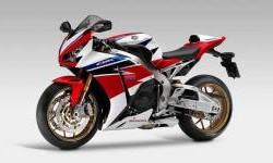 Diskon Menggoda Honda CBR1000RR SP, Minat?
