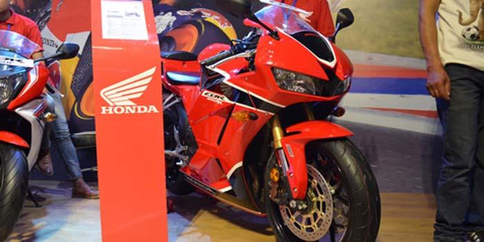 Honda Rilis CBR600RR Terbaru, Harga Rp 250 Jutaan