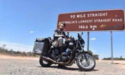 Keliling Dunia Pakai Triumph Bonneville, Pria Ini Mampu Kumpulkan Uang Puluhan Milyar