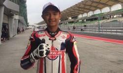 Dimas Ekky Fitting Racing Suit Federal Oil Gresini Moto2, Keren gak?